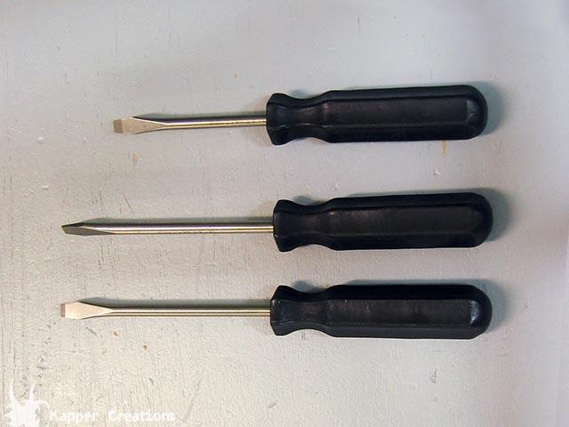 Stunt screwdriver
